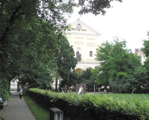 VERMIETET! Restaurant, Cafe, Bar in schönem denkmalgeschützten Altbau in guter Lage