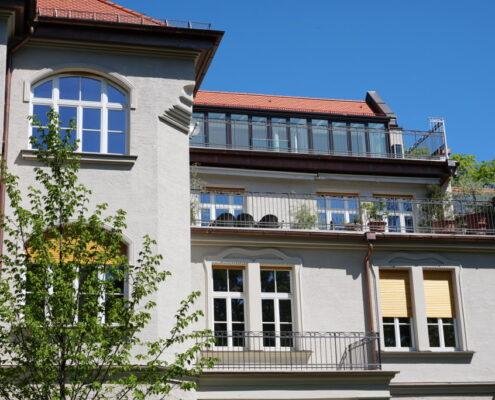 VERMIETET! Erstbezug am Leopoldpark! Helle 4-Zimmer-Maisonette-Whg mit Dachterrasse für höchste Ansprüche in München- Schwabing