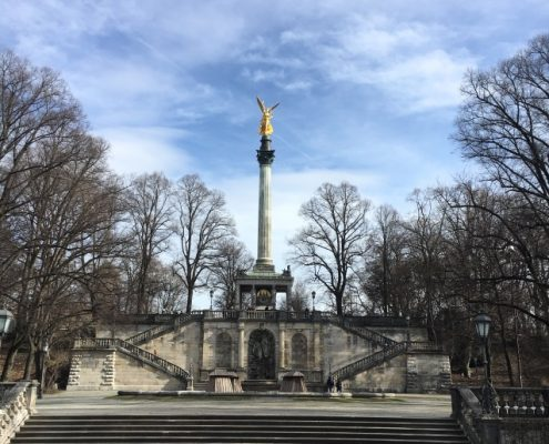 VERMIETE! Repräsentative Büroeinheit in Altbogenhausen zwischen Friedensengel und Prinzregentenplatz