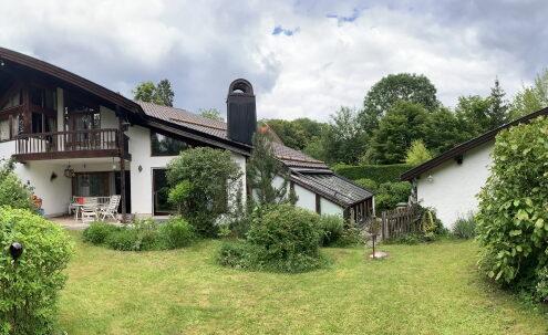 VERKAUFT! Einfamilienhaus mit idyllischem Grundstück in guter Lage in Ebenhausen - Schäftlarn