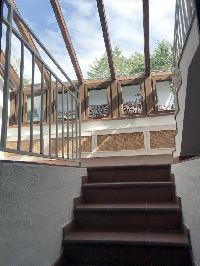 Treppe in den Wintergarten