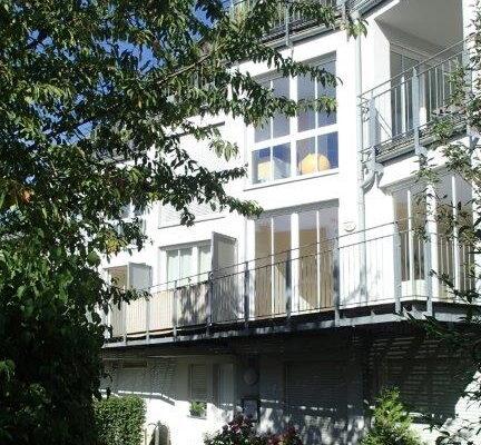 Schöne 4-Zimmer-Maisonette-Wohnung mit Balkon in zentraler Lage in Starnberg
